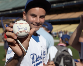 "MasterCard ""Priceless Surprises"" L.A. Dodgers"